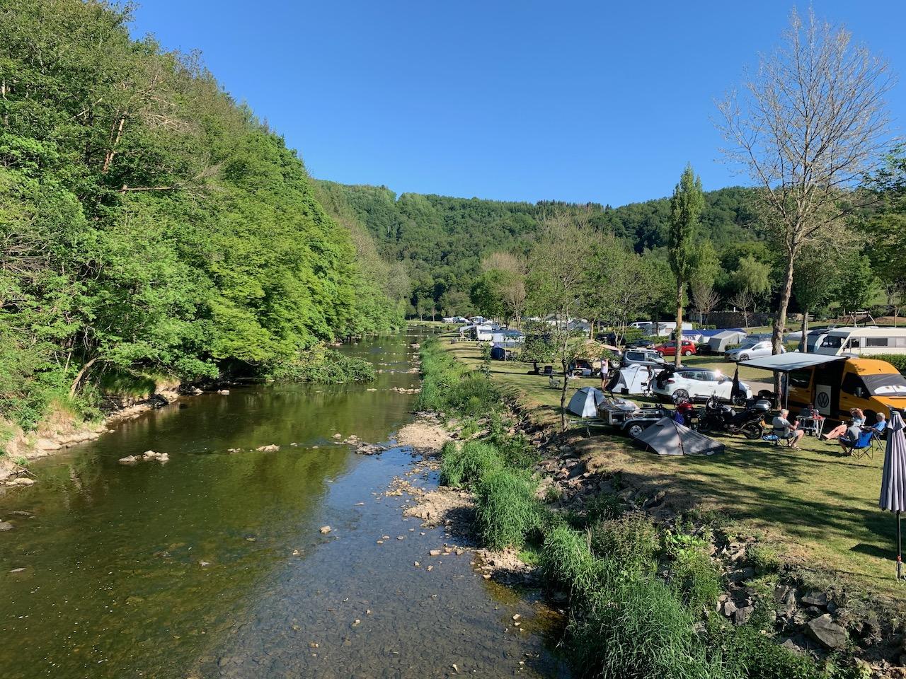Luxemburg: Camping Kohnenhof direkt am Fluß Our / Nähe Vianden